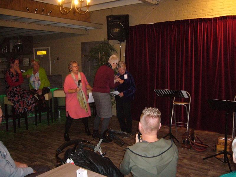 eo 40 jaar 40 jaar Zonnebloem Appelscha e.o. met Marie   De Zonnebloem eo 40 jaar